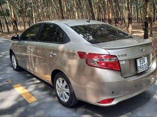 Bán ô tô Toyota Vios năm sản xuất 2017, xe chính chủ giá ưu đãi