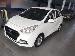 Bán Hyundai Grand i10 2019 số tự động, màu trắng, đi 30.000km