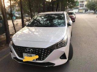 Bán chiếc Hyundai Accent AT 1.4 full 2021 đi 700km