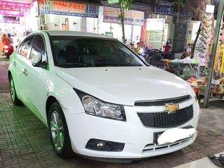Cần bán gấp Chevrolet Cruze sản xuất năm 2015, giá mềm