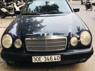 Bán Mercedes E 200 năm sản xuất 1996, xe nhập, giá 190tr