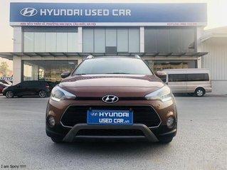 Xe Hyundai i20 Active 1.4AT sản xuất năm 2015, màu nâu còn mới