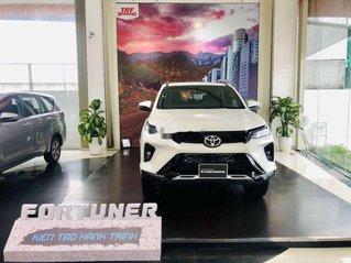 Bán ô tô Toyota Fortuner sản xuất năm 2021, giao nhanh