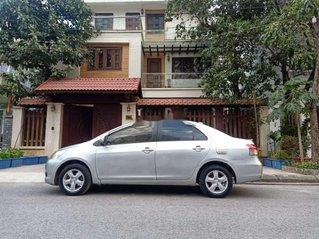 Cần bán lại xe Toyota Vios sản xuất năm 2010, giá thấp, động cơ ổn định