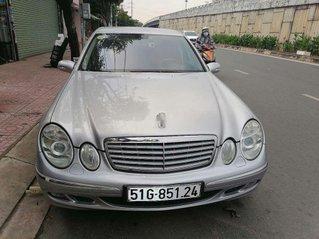 Cần bán Mercedes E200 sản xuất 2005, nhập khẩu nguyên chiếc