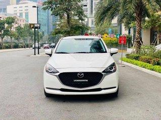 Bán ô tô Mazda 2 Deluxe đời 2020, màu trắng như mới