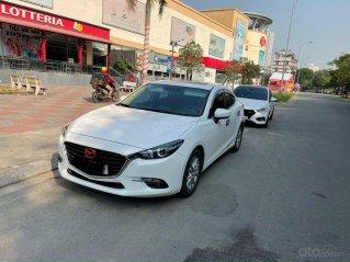 Bán ô tô Mazda 3 đăng ký 2018, màu trắng còn mới giá chỉ 615 triệu đồng