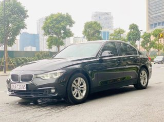 BMW 320i sản xuất cuối 2016, đklđ 6/2017