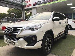Cần bán xe Toyota Fortuner 2.7AT năm 2019, màu trắng