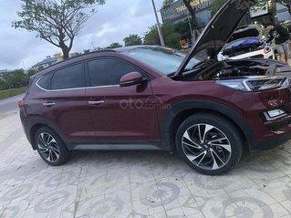 Cần bán xe Hyundai Tucson sản xuất 2019, màu đỏ
