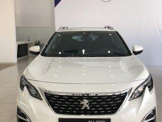 Peugeot 3008 đồng hành cùng khách hàng vượt qua đại dịch giảm sốc 120 triệu - phiếu quà tặng đặc biệt