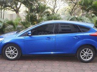 Bán ô tô Ford Focus Trend sản xuất 2019, màu xanh lam