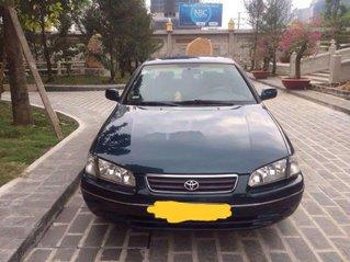 Cần bán Toyota Camry sản xuất 2002, màu xanh lam chính chủ