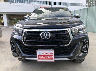 Bán Toyota Hilux 2.8AT năm sản xuất 2020, giá 870tr