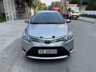 Cần bán Toyota Vios E sản xuất 2016, màu bạc chính chủ