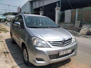 Cần bán Toyota Innova V sản xuất năm 2009, giá thấp