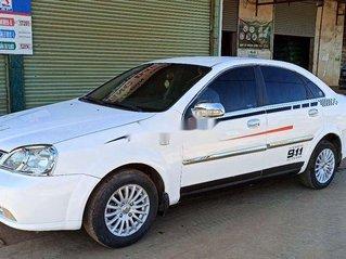 Bán xe Daewoo Lacetti sản xuất 2005, giá tốt, xe còn mới