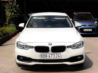 Bán nhanh BMW 320i xe đẹp như mới, nguyên bản