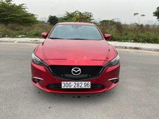 Bán ô tô Mazda 6 sản xuất năm 2019, màu đỏ