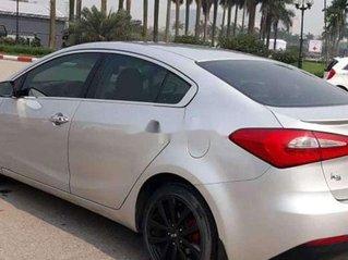 Cần bán xe Kia K3 đời 2015, màu bạc