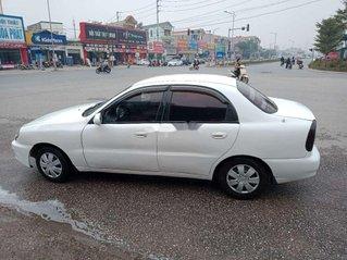 Xe Daewoo Lanos sản xuất 2000, màu trắng