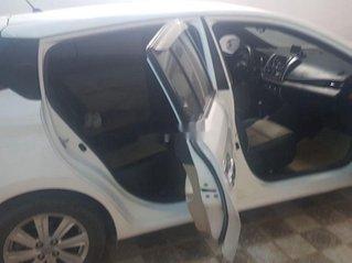 Cần bán xe Toyota Yaris năm 2015, nhập khẩu còn mới, giá chỉ 460 triệu