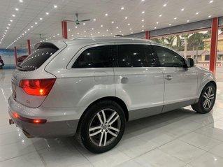 Xe Audi Q7 năm sản xuất 2006, màu bạc, nhập khẩu