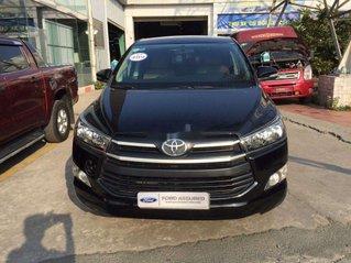 Bán xe Toyota Innova đời 2017, màu đen còn mới, giá chỉ 585 triệu