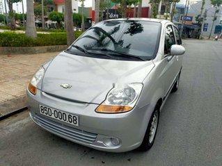 Bán xe Chevrolet Spark sản xuất 2011, màu bạc còn mới, giá chỉ 85 triệu