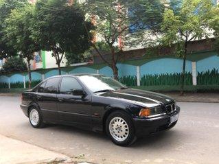 BMW 320i số sàn sx 1998, xe thanh lý văn phòng chính phủ, còn nguyên bản, không va đụng sơn không vết sước