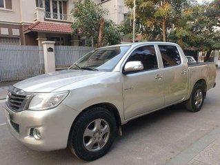 Bán Toyota Hilux năm 2013, xe nhập còn mới, giá 325tr