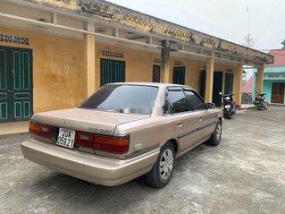Cần bán xe Toyota Camry năm 1993, nhập khẩu nguyên chiếc, giá tốt