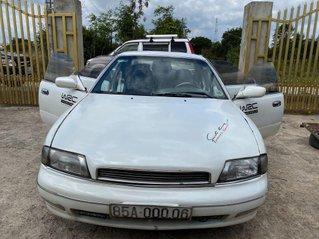 Cần bán gấp Nissan Bluebird sản xuất 1991, màu trắng