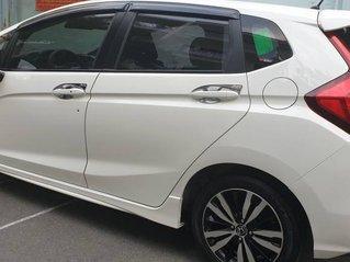 Bán Honda Jazz RS 1.5 AT sản xuất năm 2019, màu trắng, nhập khẩu nguyên chiếc
