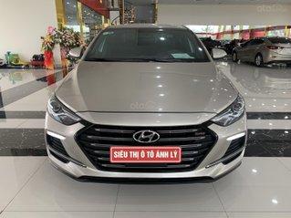 Bán nhanh chiếc Hyundai Elantra 1.6 Turbo - 2018