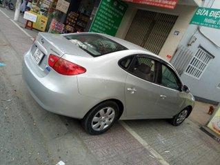 Hyundai Elantra xe gia đình, chính chủ cà vẹt ký bán