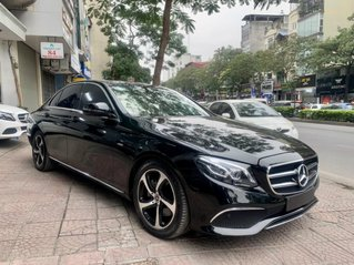 Mercedes E200 Facelift Sport Style, sản xuất cuối 2019, biển Tp HCM