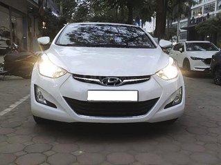 Bán xe Hyundai Elantra 1.6 AT sản xuất năm 2015, màu trắng