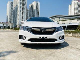 Cần bán xe Honda City sản xuất 2019, màu trắng xe gia đình giá 555 triệu đồng