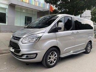 Bán Ford Tourneo Titanium 2.0 AT đời 2019, màu bạc chính chủ, 930 triệu