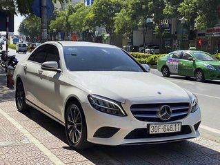 Cần bán lại xe Mercedes C200 năm 2018, màu trắng