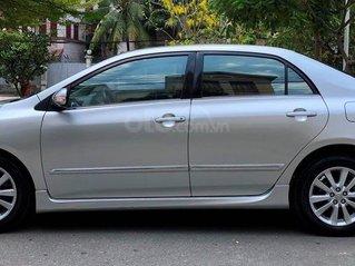 Cần bán Toyota Corolla Altis 2.0 màu bạc