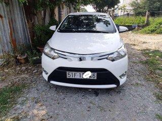 Cần bán gấp Toyota Vios sản xuất 2015, xe chính chủ giá ưu đãi