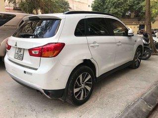 Xe Mitsubishi Outlander năm sản xuất 2016, màu trắng, xe nhập