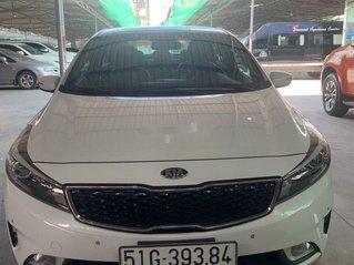 Cần bán Kia Cerato sản xuất 2017, nhập khẩu nguyên chiếc giá cạnh tranh