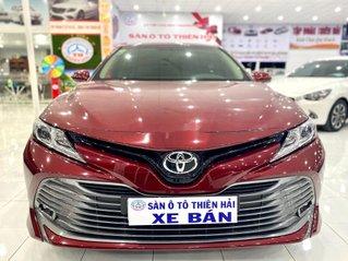 Xe Toyota Camry đời 2020, màu đỏ, nhập khẩu nguyên chiếc