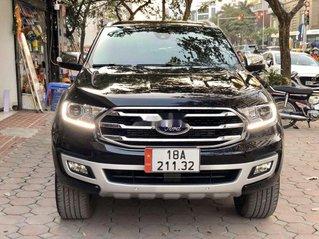 Cần bán Ford Everest sản xuất 2020, màu đen, nhập khẩu