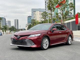 Cần bán xe Toyota Camry 2.5Q SX 2019