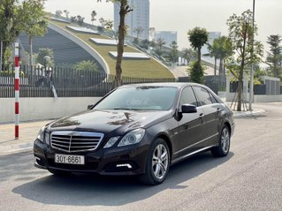 Cần bán xe Mercedes E250 sản xuất 2010