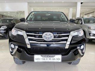 Bán xe Toyota Fortuner màu đen, máy dầu, siêu đẹp, trả góp chỉ 346 triệu